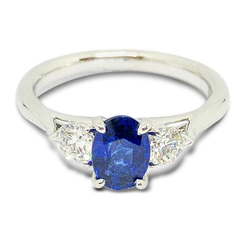 1.01ct. Sapphire & Diamond Ring