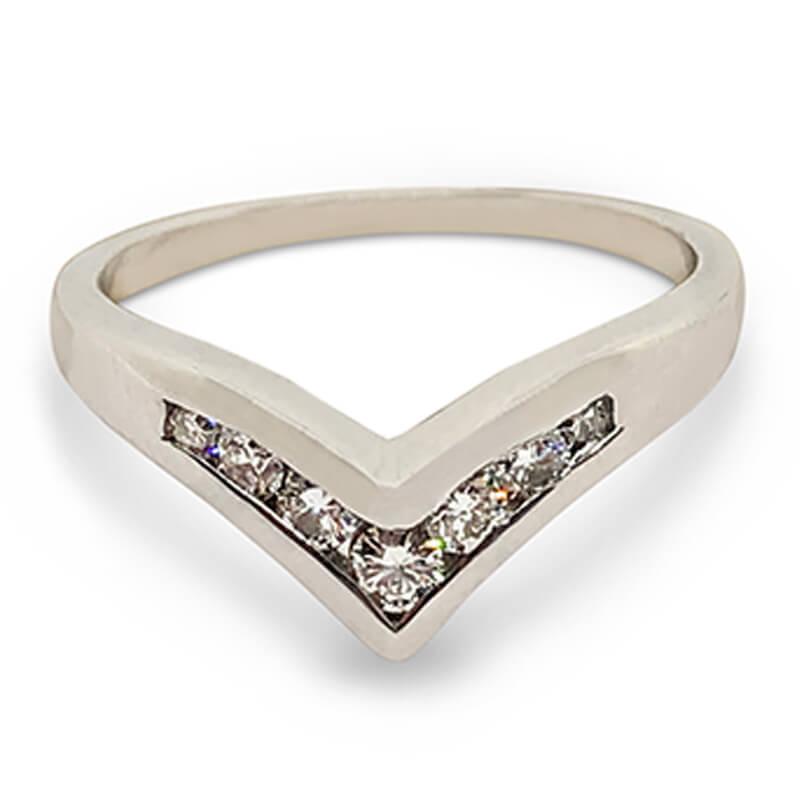 """""""V"""" Style Ring"""