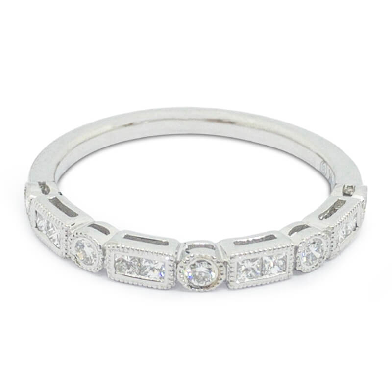 .26ct. Princess & Round Diaond Band